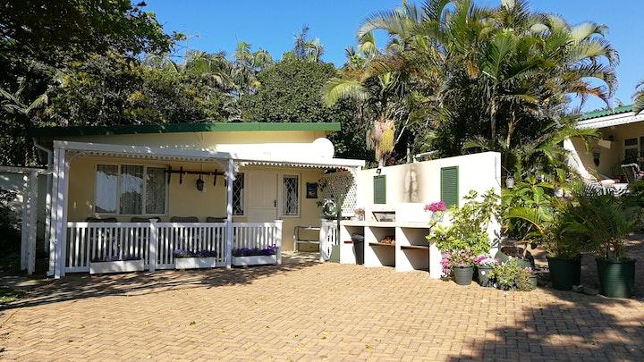 Port Edward Akkommodasie by Eight Palms | LekkeSlaap