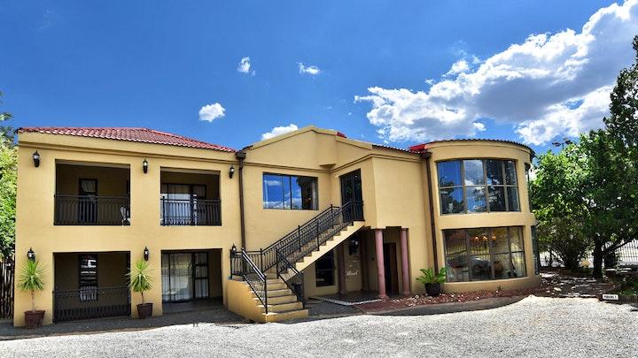 Fichardt Park Akkommodasie by African Sands Guesthouse | LekkeSlaap