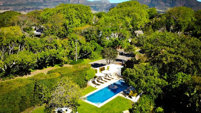 by Villa Coloniale Private Luxury Retreat | LekkeSlaap