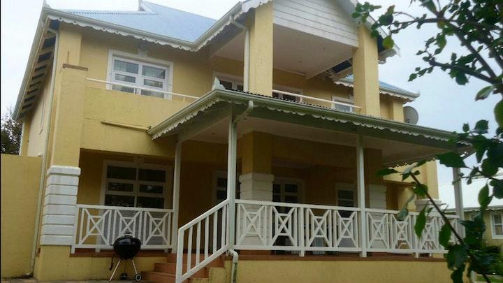 by Caribbean Estates Barbados B12   LekkeSlaap