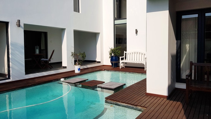 by Upmarket Holiday Apartments | LekkeSlaap