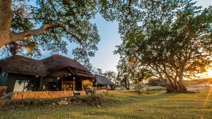 at Maninghi Lodge | TravelGround