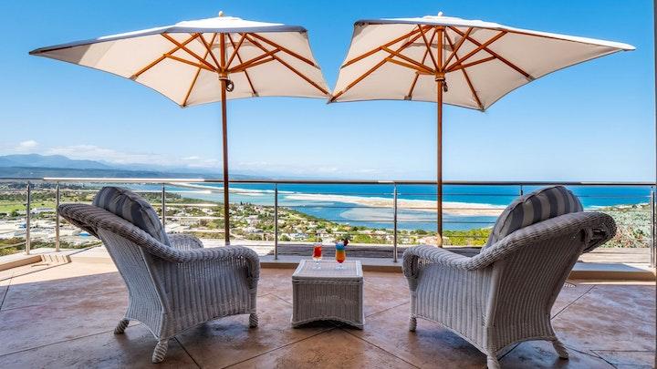 at La Vista Lodge | TravelGround