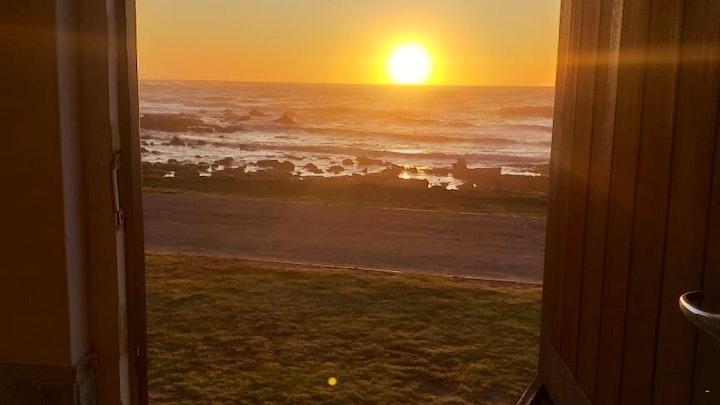 Jongensfontein Accommodation at Huisie Oppie See   TravelGround