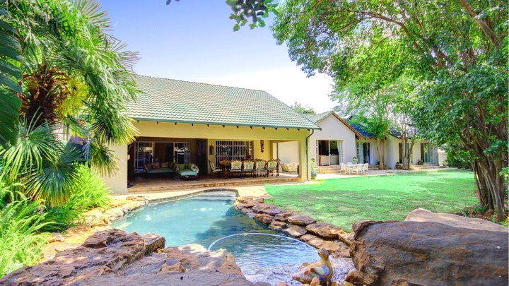 at Lenox Lodge Guesthouse | TravelGround