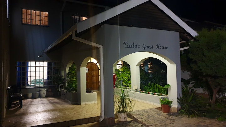 by Tudor Place Accommodation Group | LekkeSlaap