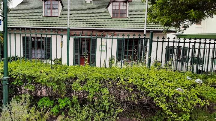 Table View Akkommodasie by Briza Guest House | LekkeSlaap