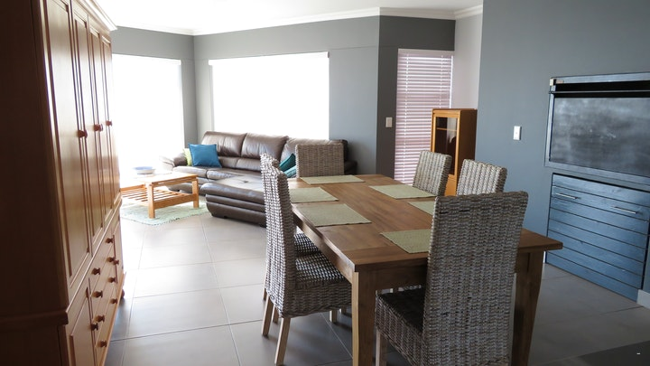 at Guns Reef Self-catering Apartment Unit 11 | TravelGround