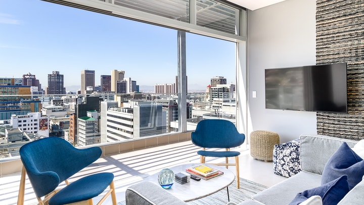 Cape Town CBD Accommodation at Luxury City View Retreat | TravelGround