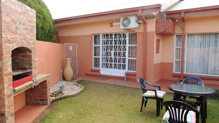 Lichtenburg Accommodation at Hullabaloo Selfsorg | TravelGround