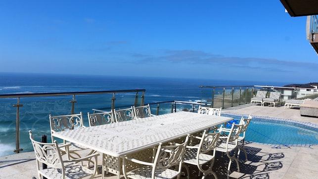 at Pinnacle Bay Guesthouse | TravelGround