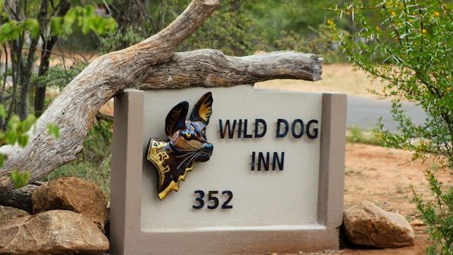 by Wild Dog Inn | LekkeSlaap