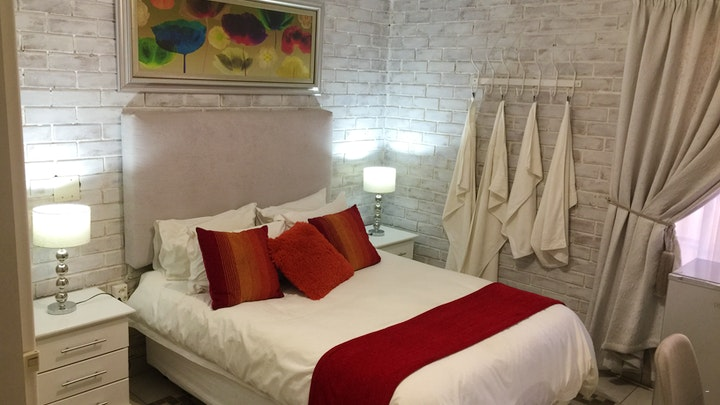 at Waaierpalm Guest House | TravelGround