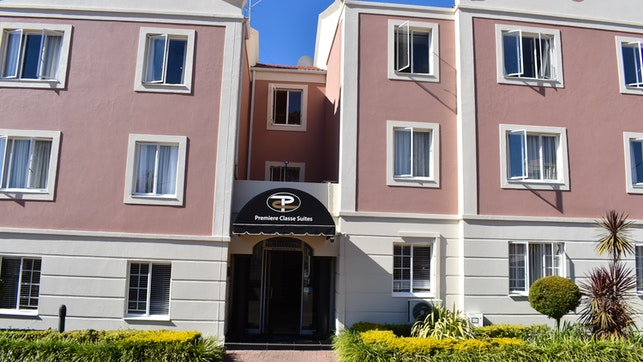 by Premiere Classe Hotel Apartments | LekkeSlaap
