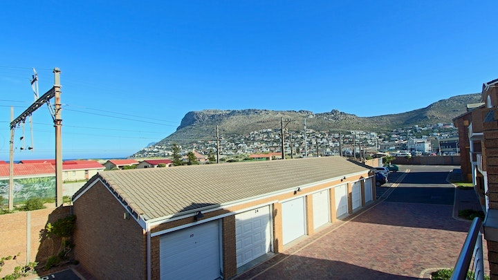 Fish Hoek Accommodation at The Valley Beach Apartment | TravelGround