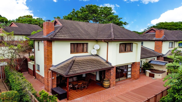 by Turnberry House T16 – Selborne Golf Estate | LekkeSlaap