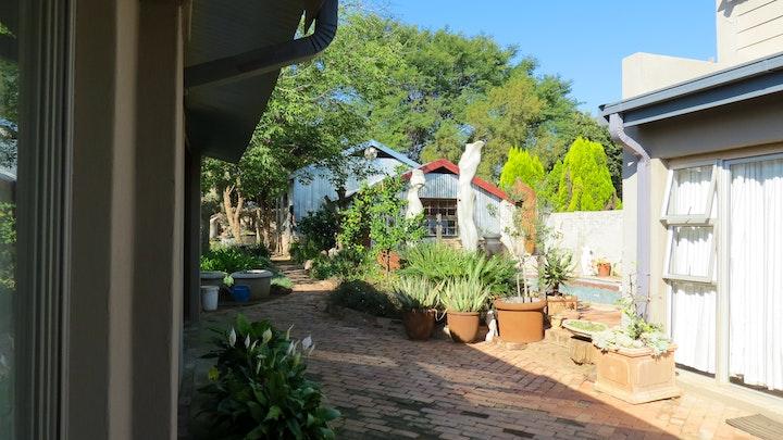 Rietfontein Akkommodasie by The Sculpture Yard | LekkeSlaap