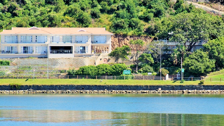 by Phoenix Lodge and Waterside Accommodation | LekkeSlaap