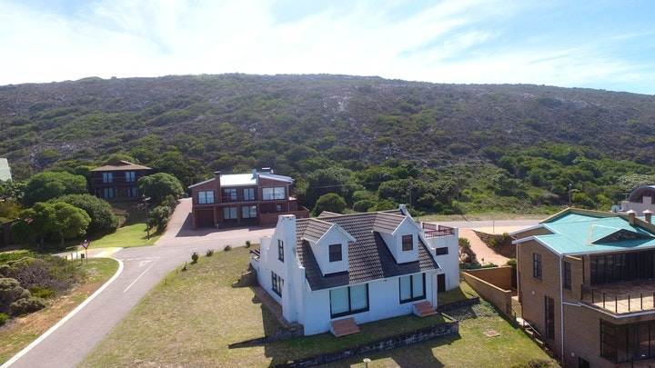 Jongensfontein Accommodation at Immerblau House HL89 | TravelGround