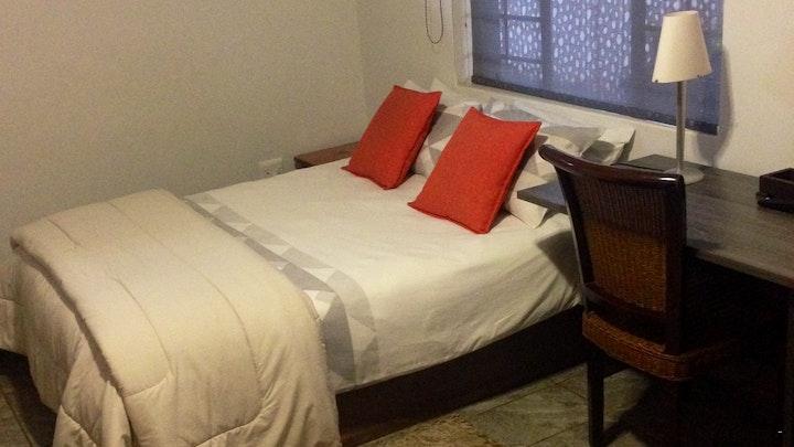 Doringkloof Akkommodasie by Red Wall Self-catering Luxury Accommodation | LekkeSlaap