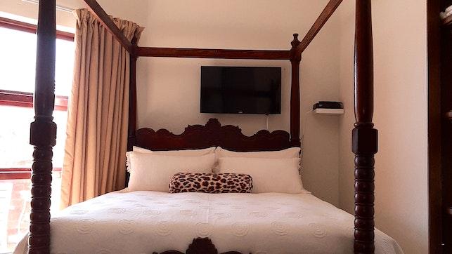 at 114 Savannah Lodge | TravelGround