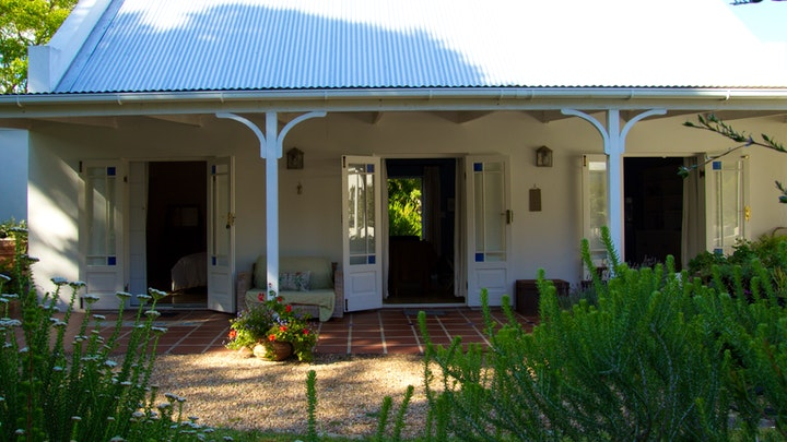 Stanford Accommodation at Tranquillity Garden Suite | TravelGround