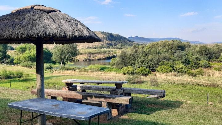by Waterhoek Valley Cottages | LekkeSlaap