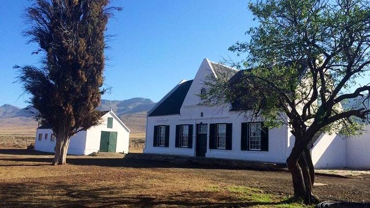 Graaff-Reinet Akkommodasie by Tweefontein House | LekkeSlaap
