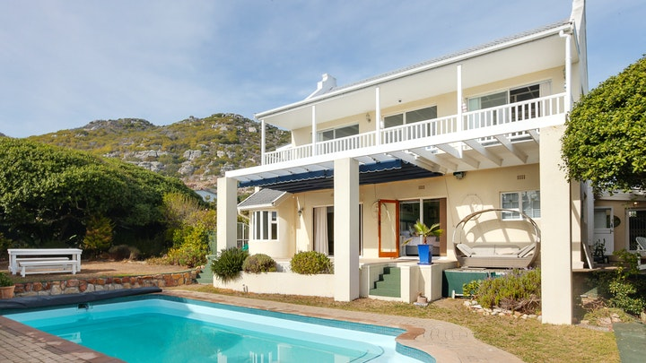 Kommetjie Accommodation at Lighthouse Garden | TravelGround