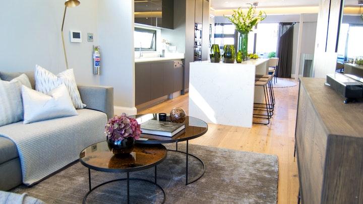 at Seacliff Apartment 2   TravelGround