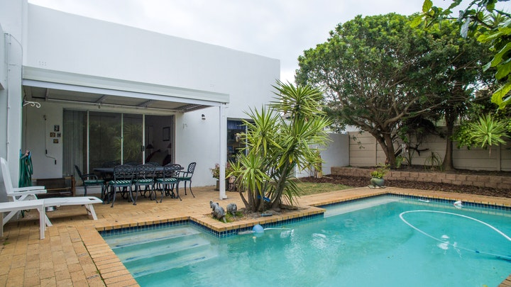 Table View Accommodation at Plekkie Byri See | TravelGround