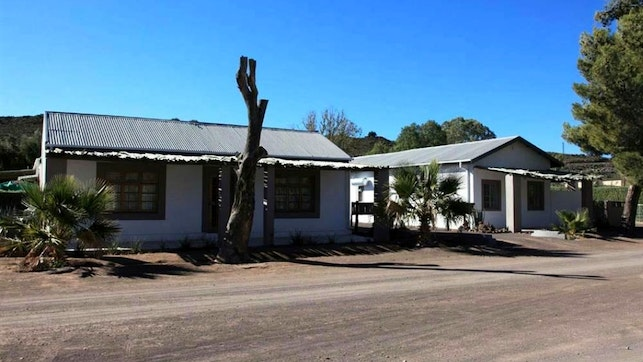 by Loxton Lodge and Restaurant | LekkeSlaap