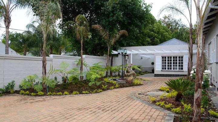 Pretoria SSB Akkommodasie by Touch of Class Villas | LekkeSlaap