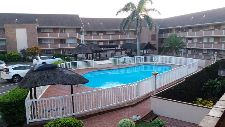 Willard's Beach Accommodation at 300A Kenwyn on Sea | TravelGround