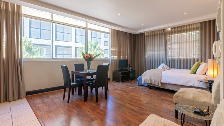 Cape Town CBD Accommodation at The Square 332 by CTHA | TravelGround