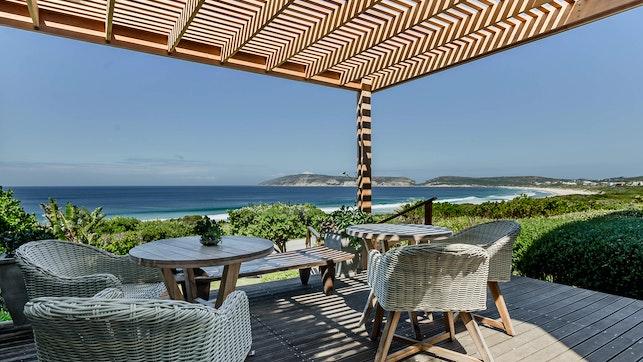 by The Robberg Beach Lodge - Lion Roars Hotels & Lodges | LekkeSlaap