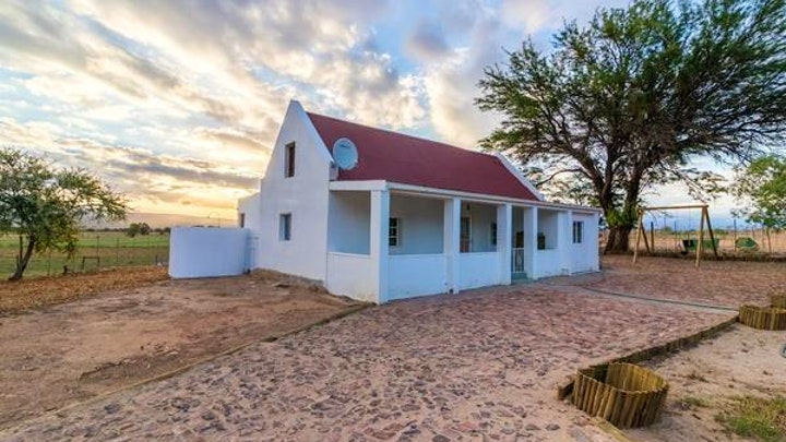 Oudtshoorn Accommodation at Volmoed Cottage | TravelGround