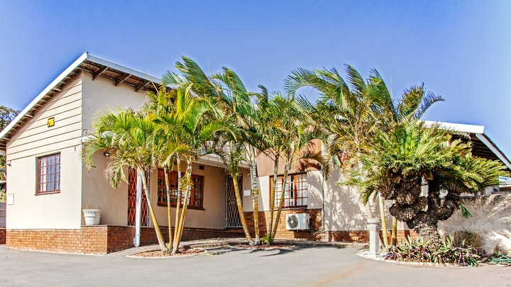 Grosvenor Accommodation at La Palma Hill Self Catering Units | TravelGround
