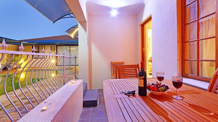 Sunridge Accommodation at At The Falcon Guest House | TravelGround