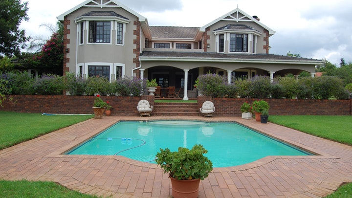 Kyalami Accommodation at Maple Manor | TravelGround