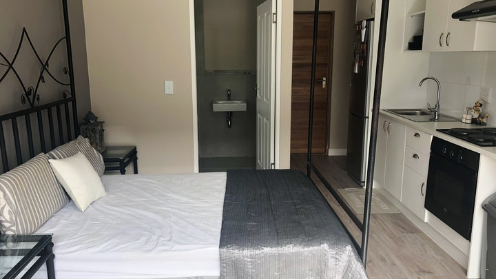 Parklands Accommodation at On The Grove Guest House | TravelGround