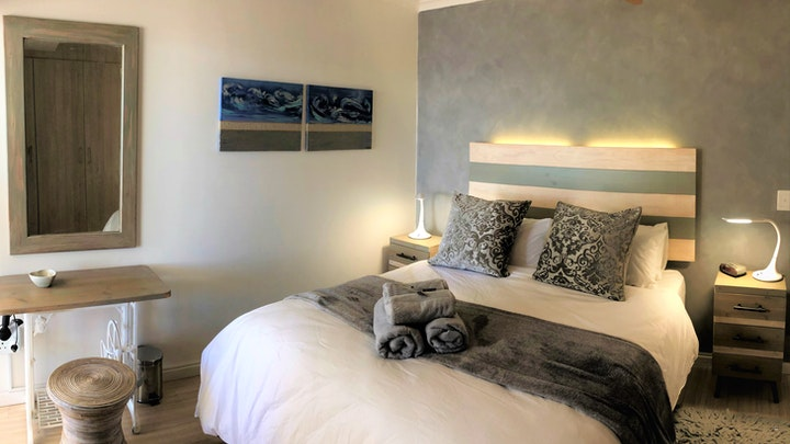 Big Bay Akkommodasie by Upmarket Azure On Big Bay Apartment | LekkeSlaap