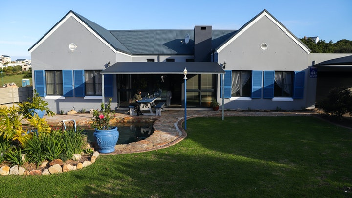 Hermanus Accommodation at Makarios Holiday Home | TravelGround