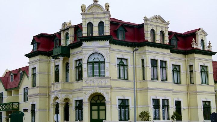 Center Akkommodasie by Historical Monument   LekkeSlaap