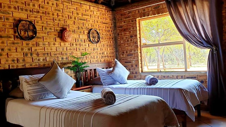 Bojanala Accommodation at Unathi Bush Lodge | TravelGround