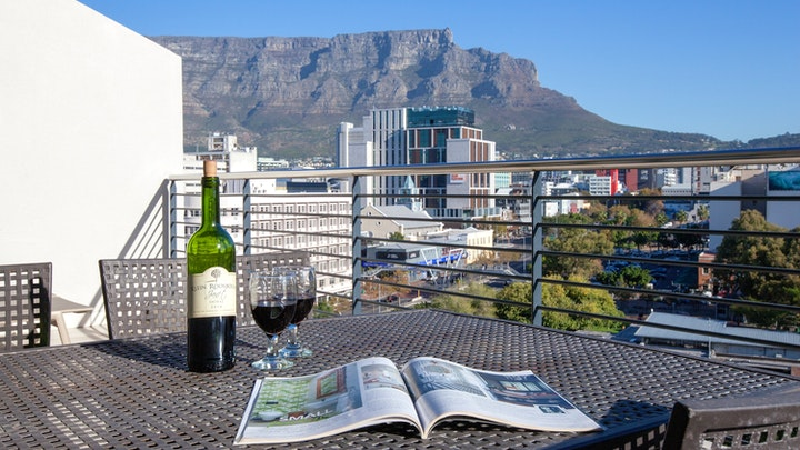 De Waterkant Accommodation at Quayside 1007 by CTHA | TravelGround