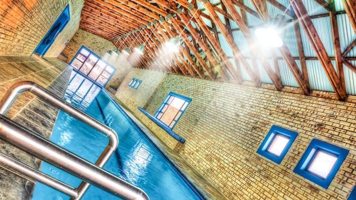 Parys Akkommodasie by Rolo Sports House | LekkeSlaap