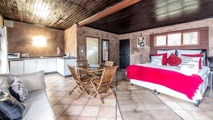 KwaZulu-Natal Accommodation at Gilly's Guest House | TravelGround