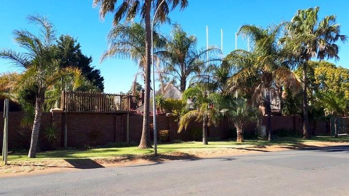 Kimberley Accommodation at Ambassador Lodge   TravelGround