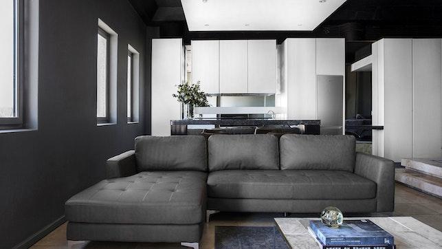 by The Franklin Loft Apartment 1610 | LekkeSlaap
